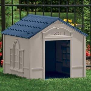 Suncast Outdoor Dog House with Door